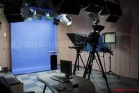 三维  虚拟演播室 课件制作 校园多媒体 中小型系统解决方案