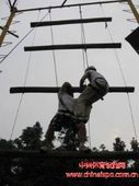 拓展训练器械天梯