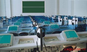 BP-8900型多媒体语言学习系统(AACV级)