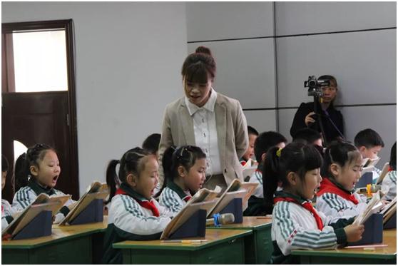 当希沃易课堂走进英华完全小学,解读信息化教育新趋势