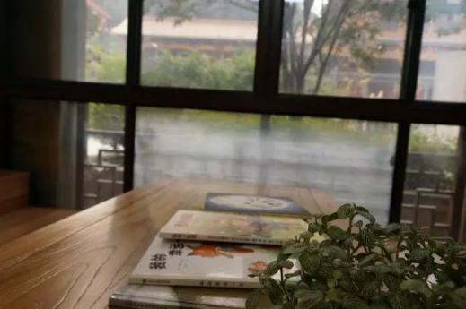 多寶图书馆采购福诺第二代图书杀菌机