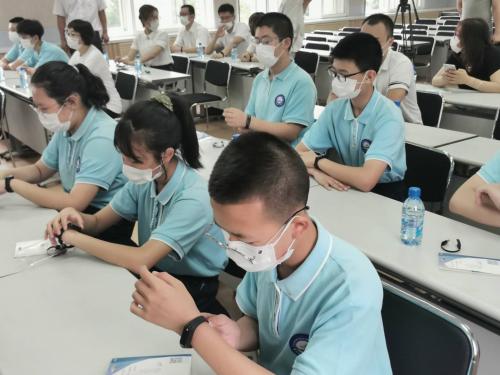 芯耀科技捐赠数字化防疫体温监测预警系统助力大连学校科技防疫
