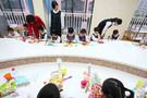 幼儿园创意满满 垃圾分类变废为宝
