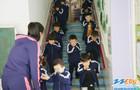 疏散警报响起,市实验幼儿园孩子们有序撤离