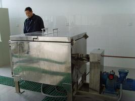 瓶聚槽反应装置、高压反应釜、实验反应釜、聚合反应釜