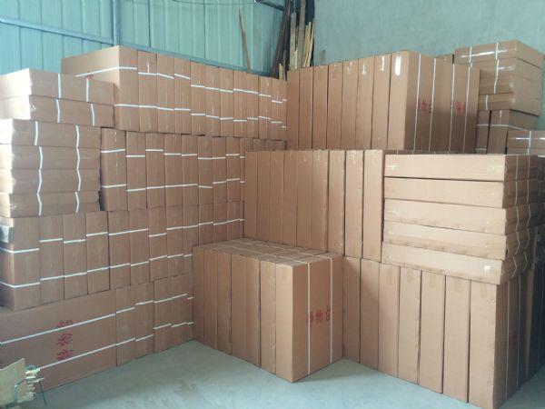 兴程厂家批发美术用品/画架教育配送美术用品木质折叠静物台木质工作台静物衬布 写生台工作台